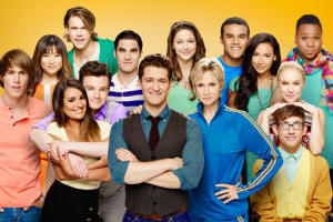 New Glee cast photo - click on it to see the larger version!