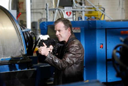 Jack (Kiefer Sutherland) prepares to embark on a crucial mission