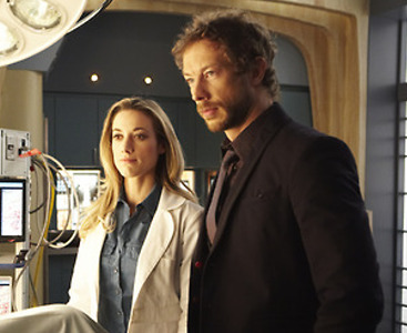 Kris Holden-Ried and Zoie Palmer of Lost Girl on Syfy