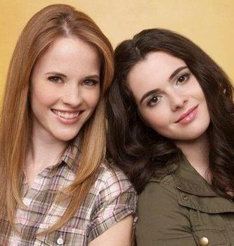 Katie Leclerc & Vanessa Marano of Switched at Birth