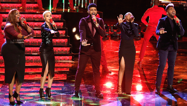 "singers on ""The Voice"""