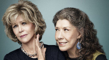 "Jane Fonda and Lily Tomlin in ""Grace and Frankie"""