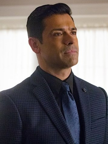 """Mark Consuelos (formerly Mateo on """"All My Children"""") plays Hiram Lodge on The CW's Riverdale."""