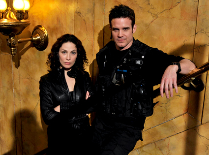 "Eddie McClintock and Joanne Kelly of ""Warehouse 13"""