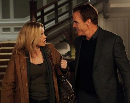 Andrea Roth and Richard Burgi