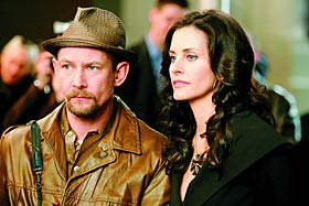 "picture of Courtney Cox and Ian Hart in ""Dirt"""