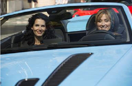Rizzoli & Isles in convertible