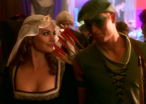 "Lois and Oliver Queen in ""Wither"""
